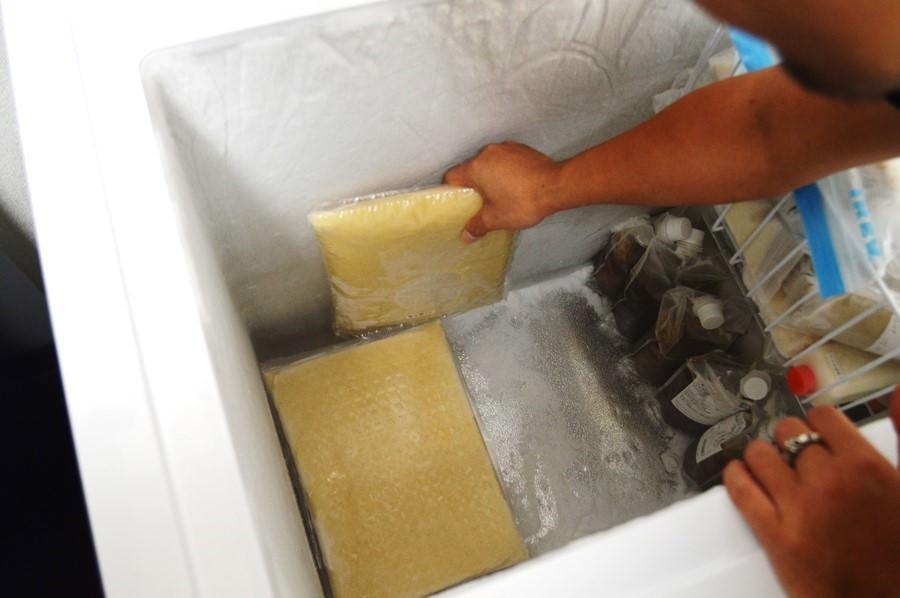 冷凍の業務用ラーメンスープ