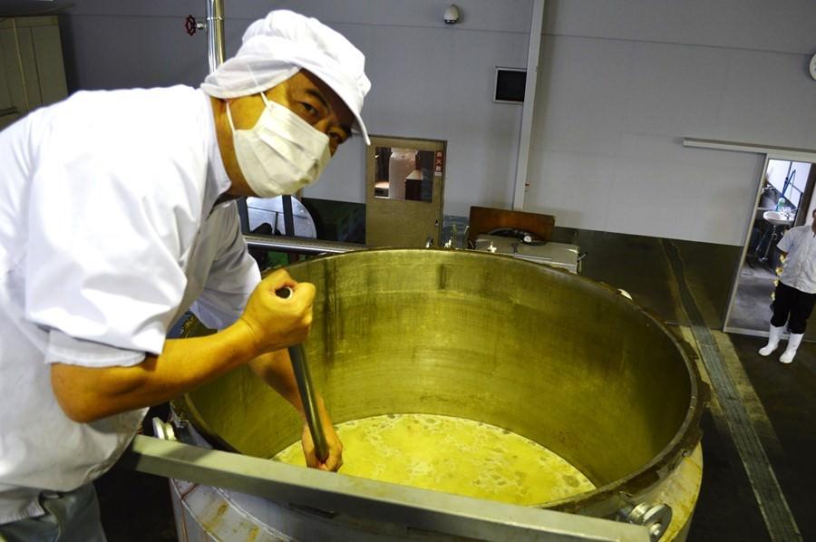 業務用ラーメンスープ工場