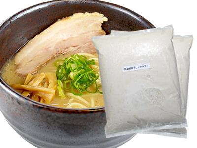 豚鶏白湯(ぶたとりぱいたん)