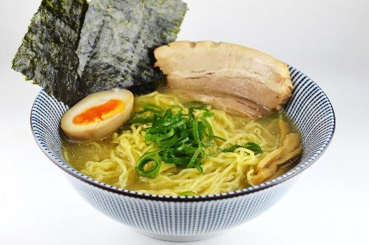 旨みタップリ清湯スープ